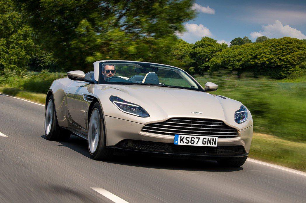 Aston Martin DB11 Volante。 圖/原廠提供