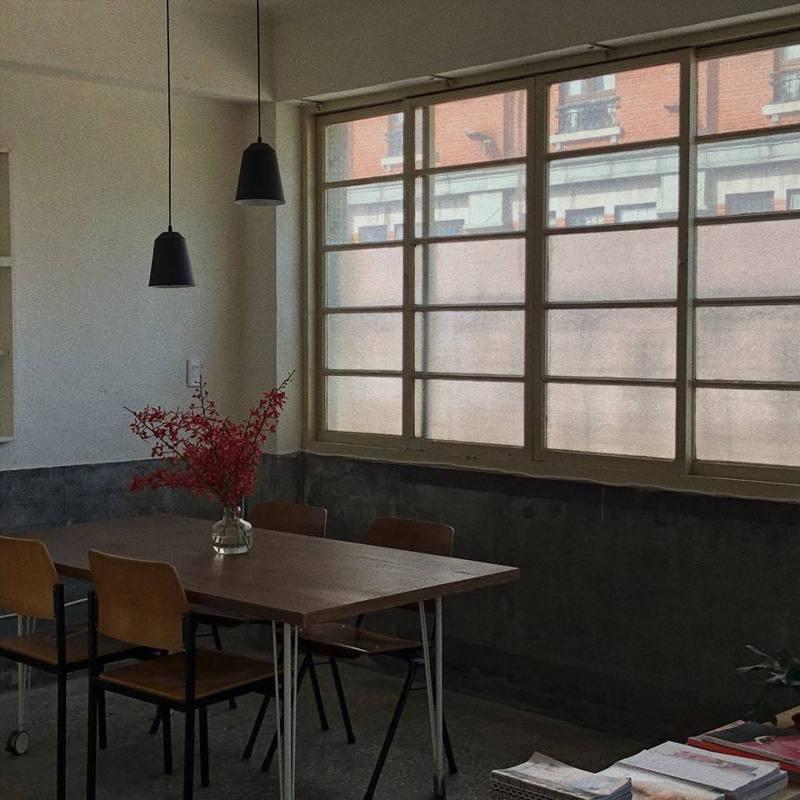 由老公寓改建而成的三層甜點工作室。圖/取自三層粉絲頁