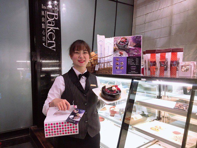 台中永豐棧酒店風尚點心坊主廚以「戀愛的滋味」為概念,研發6款無花果系列甜點。圖/台中永豐棧酒店提供