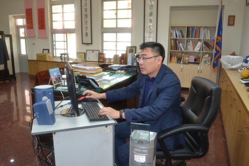 台南一中校長廖財固建議學生善用這兩周,讓自己更具優勢。記者鄭惠仁/攝影