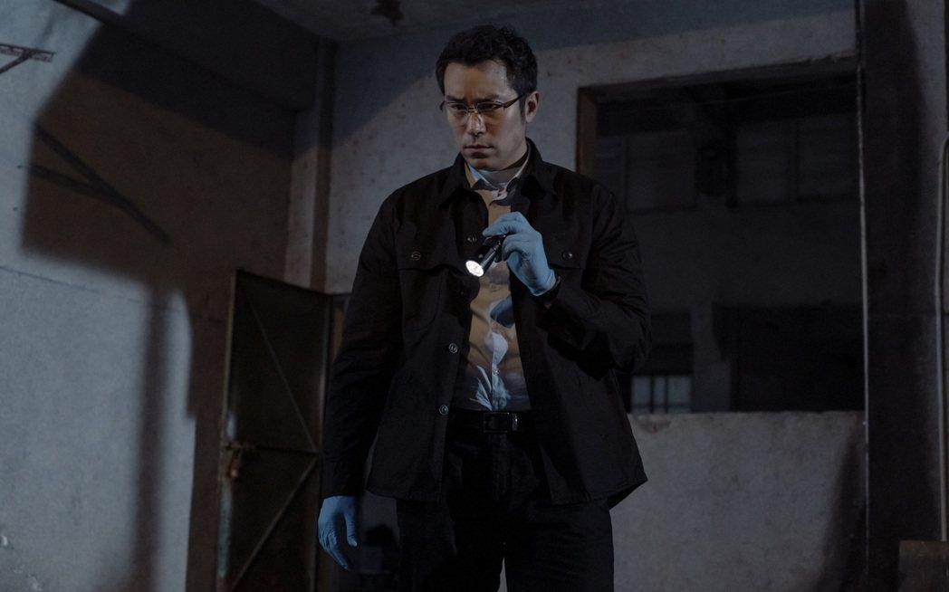 孝全在新劇「誰是被害者」化身鑑識官。圖/Netflix提供