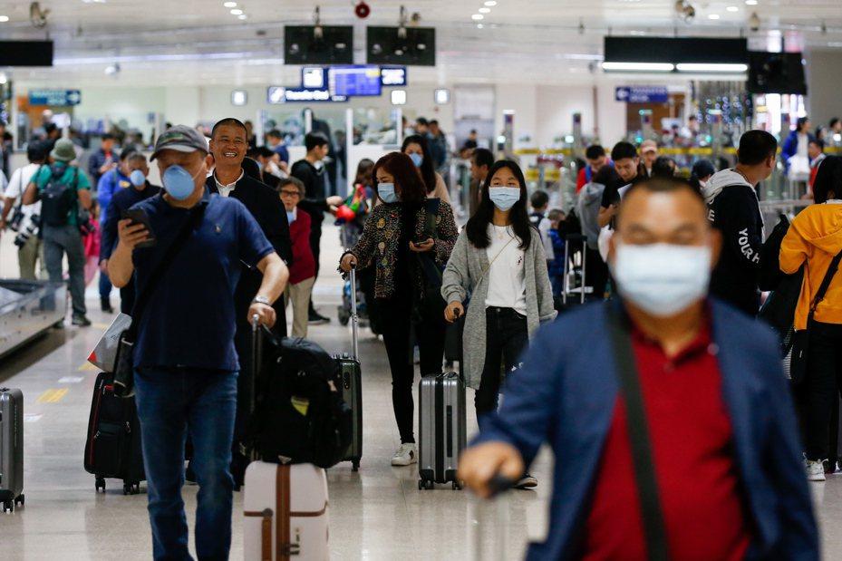 在赴菲旅遊外國人中,陸客僅次於南韓觀光客。歐新社