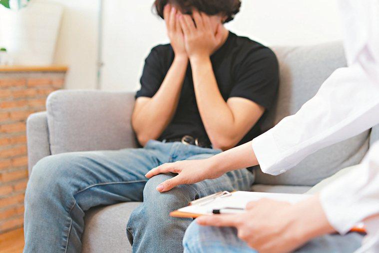 哥倫比亞大學研究,緊張焦慮會使得唾液裡的抗體比率下降。 圖/123RF