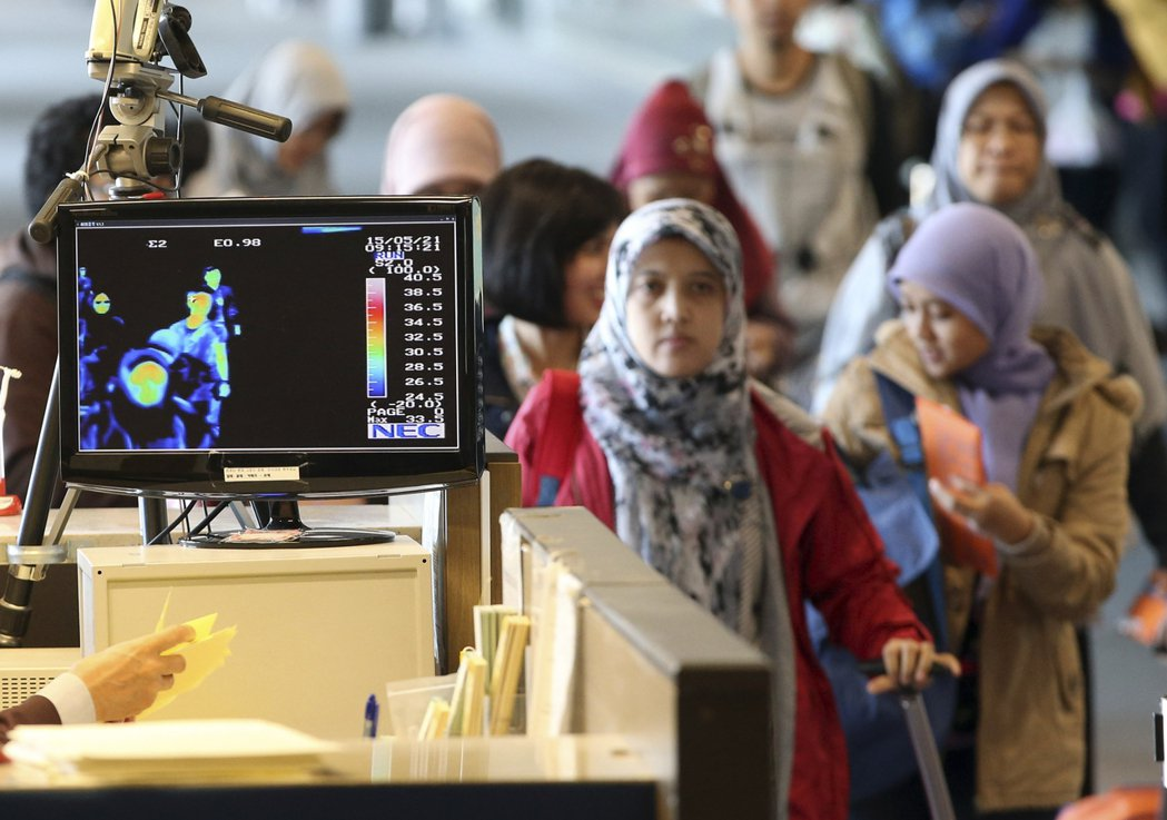 南韓在2015年爆發Mers疫情,是中東以外疫情最嚴重國家。當時仁川機場加強檢測...