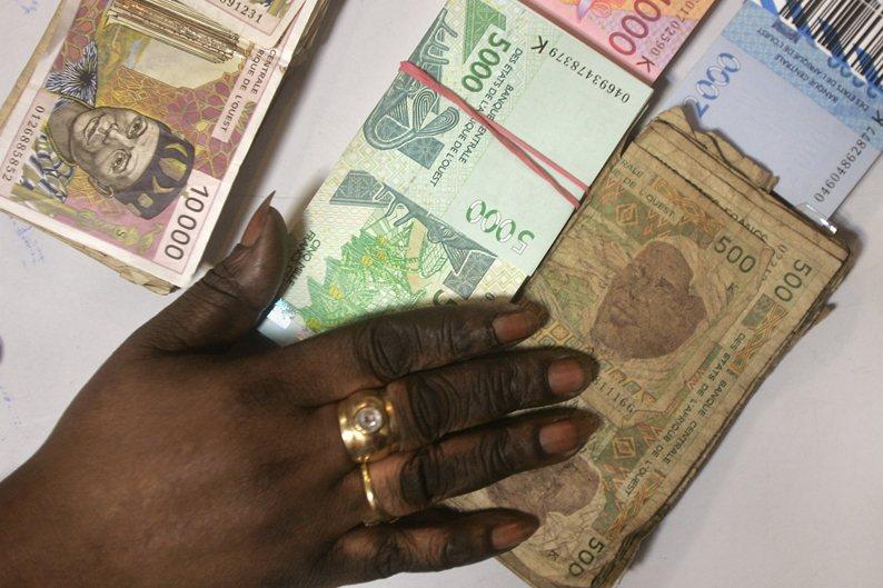 象牙海岸等八國將推動新貨幣ECO,以取代使用數十年的西非法郎。 圖/美聯社