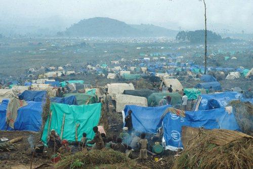 在墨西哥接壤美國的城市馬塔莫羅斯,成千上萬的人聚集居住在一個營地(示意圖)中,等待美國庇護的申請能通過。(photo by Wikipedia)