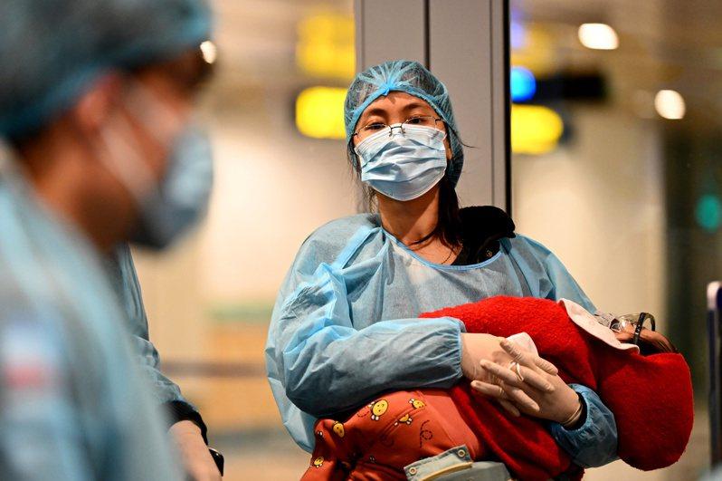武漢肺炎,COVID-19 疾病疫情未散,香港截至13日晚間8時,當地新增3例2019年冠狀病毒疾病(俗稱武漢肺炎)確診個案。 路透