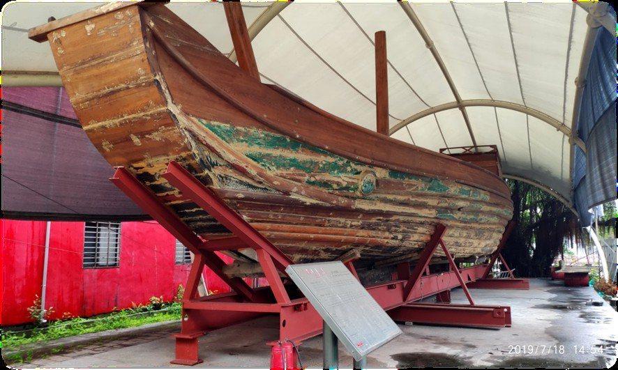 65年前創下台灣第一艘木造帆船橫渡太平洋紀錄的「自由中國號」,近期將由移置到海大校園內,供民眾參觀。圖/海大提供