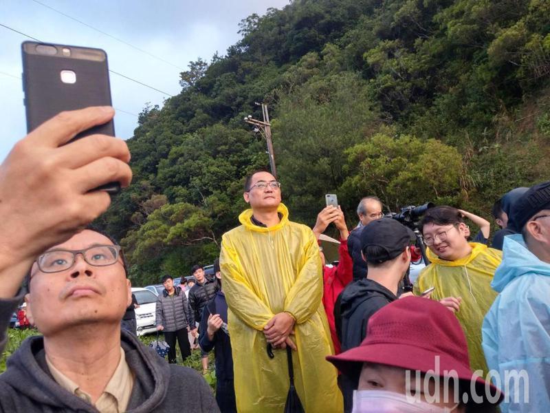 來自全國各地不少民眾,都來南田一睹火箭風采。記者尤聰光/攝影