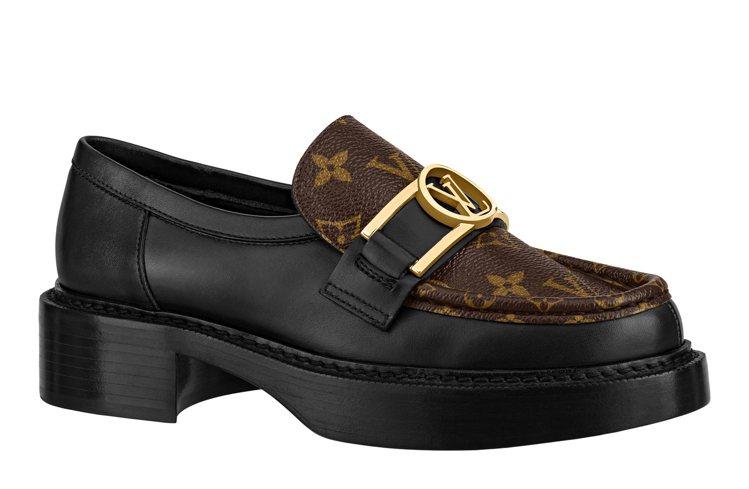 學院風樂福鞋,售價38,500元。圖/LV提供