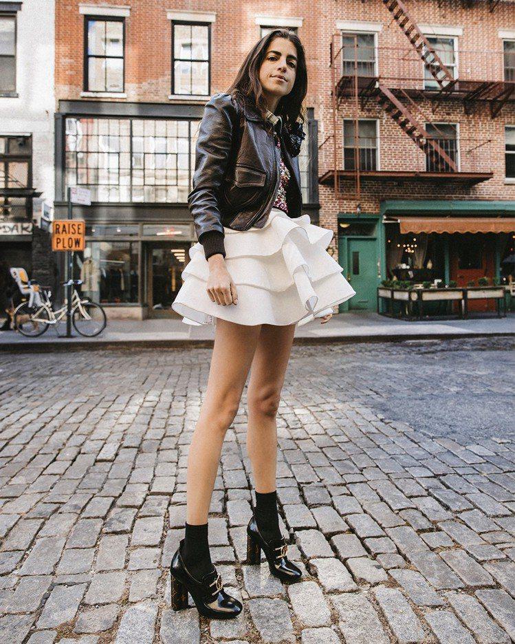 Leandra Medine Cohen詮釋Swift樂福鞋,售價38,500元...
