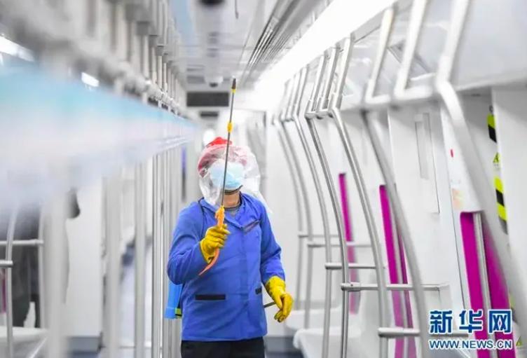 湖北省新型冠狀病毒感染肺炎疫情防控指揮部今(13)日公告,省內各類企業不早於2月20日24時前復工。照片/新華網