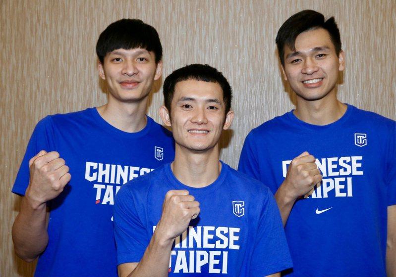 中華隊的李啟瑋(左起)、蔣淯安和黃聰翰今年都將邁入人生新階段。記者林俊良/攝影