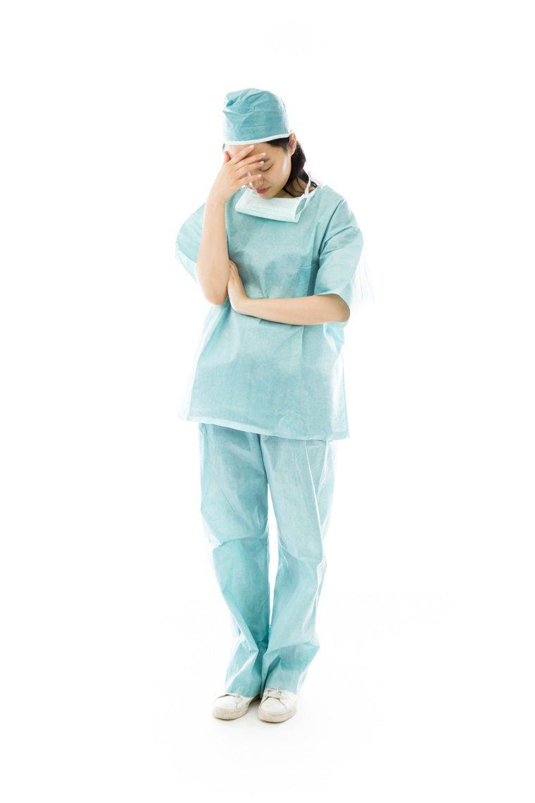 社會與家人的支持,為護理師參與防疫作戰的最佳後盾。 圖╱123RF