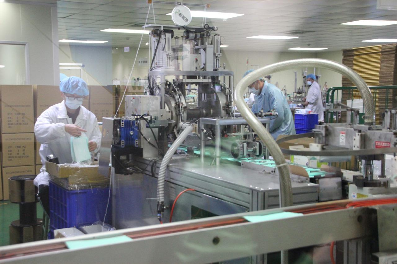 經部:目前口罩製造廠徵用家數已達66家