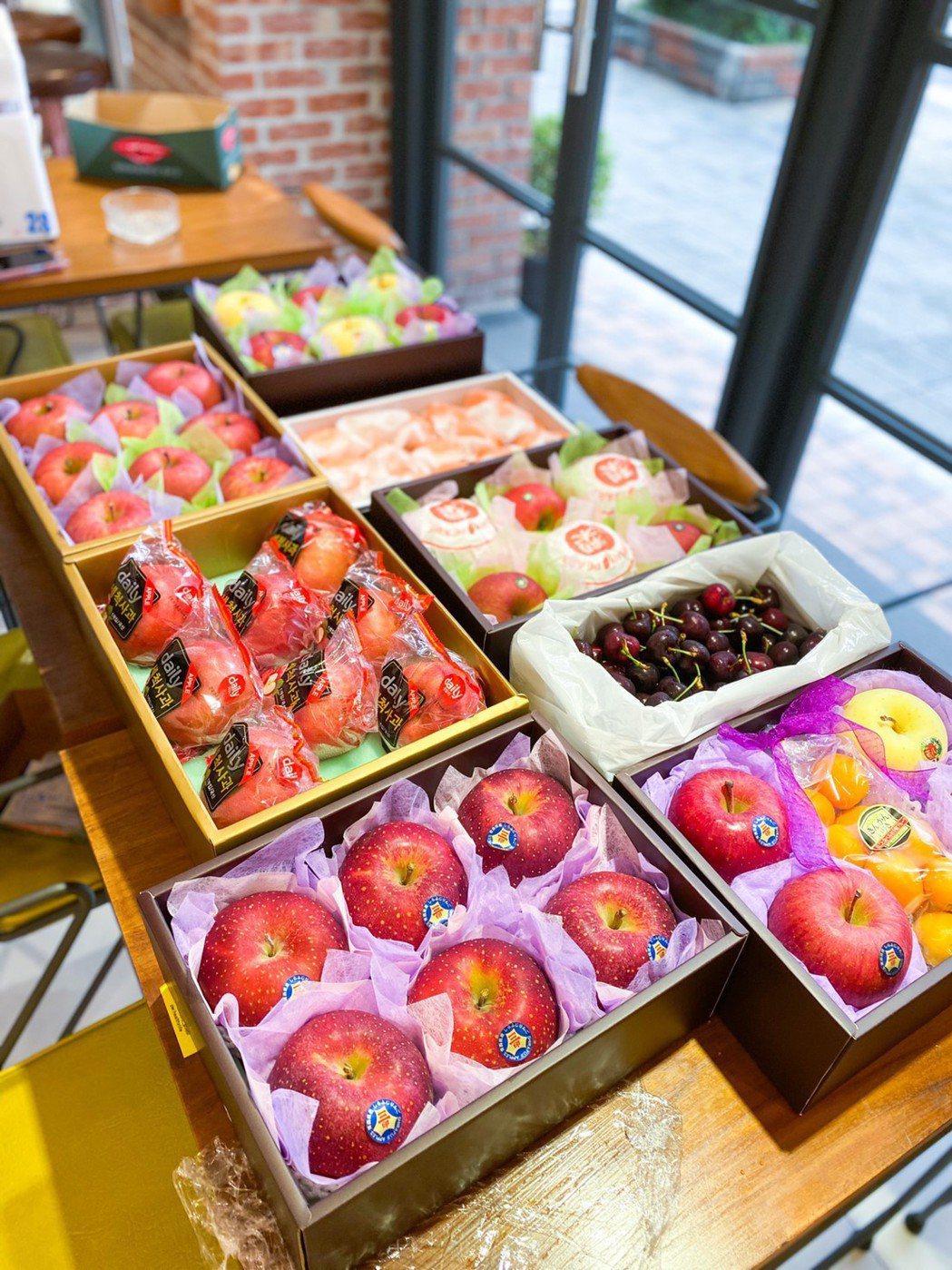 新鮮屋為全球蔬果最齊全,最嚴格把關的行家,送禮最頂級享受。特智有限公司/提供