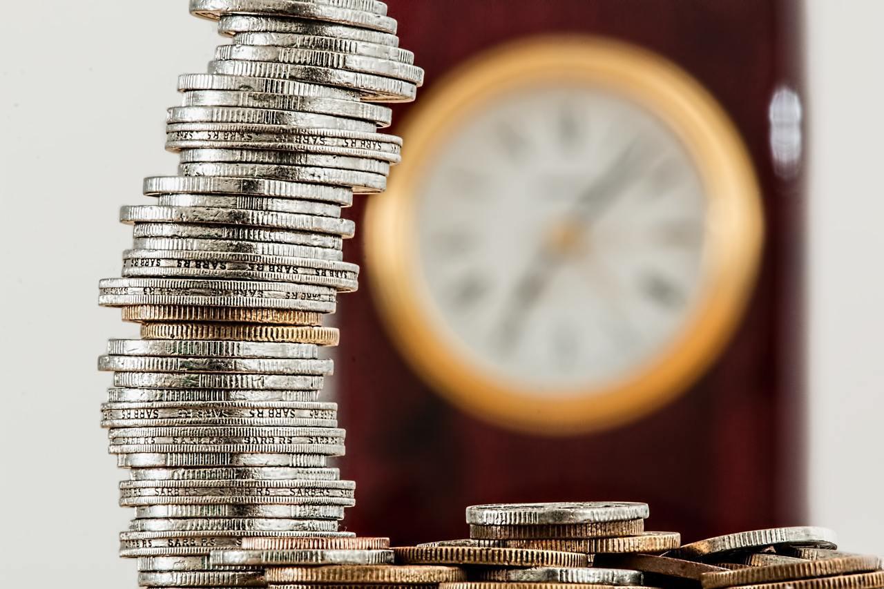 雖然儲蓄險已經成為國民保單,但陳煥章提醒,對以下三種人來說,儲蓄險不見得會是適合...
