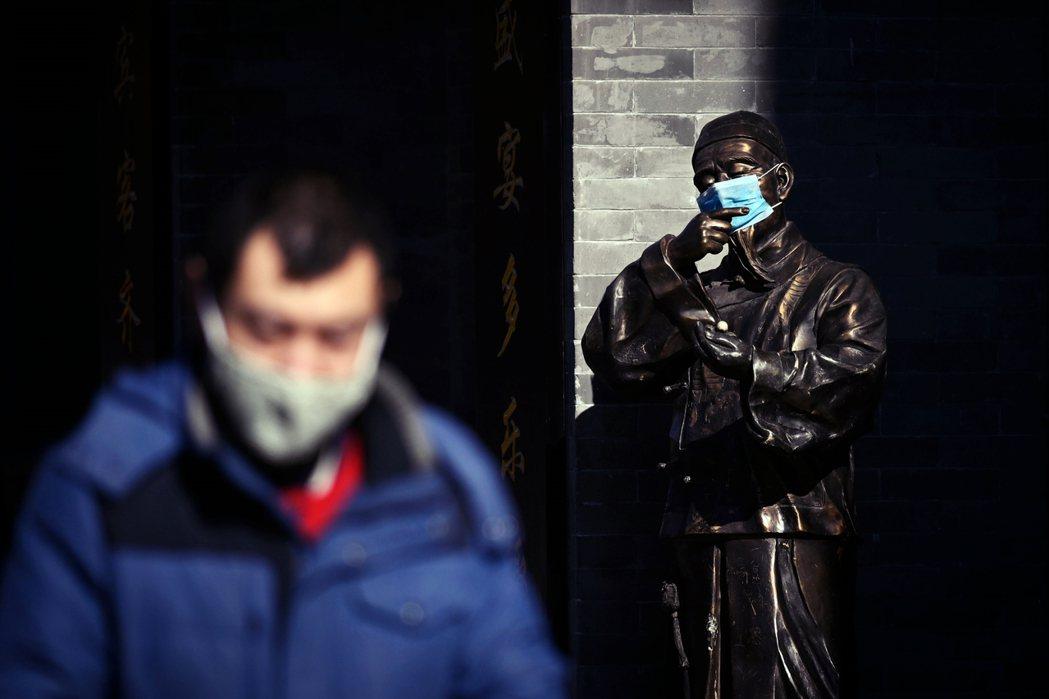 中國政府以「復產、增產、轉產」的方式,強行帶動拉回工廠產能,2月中已經陸續有各省...