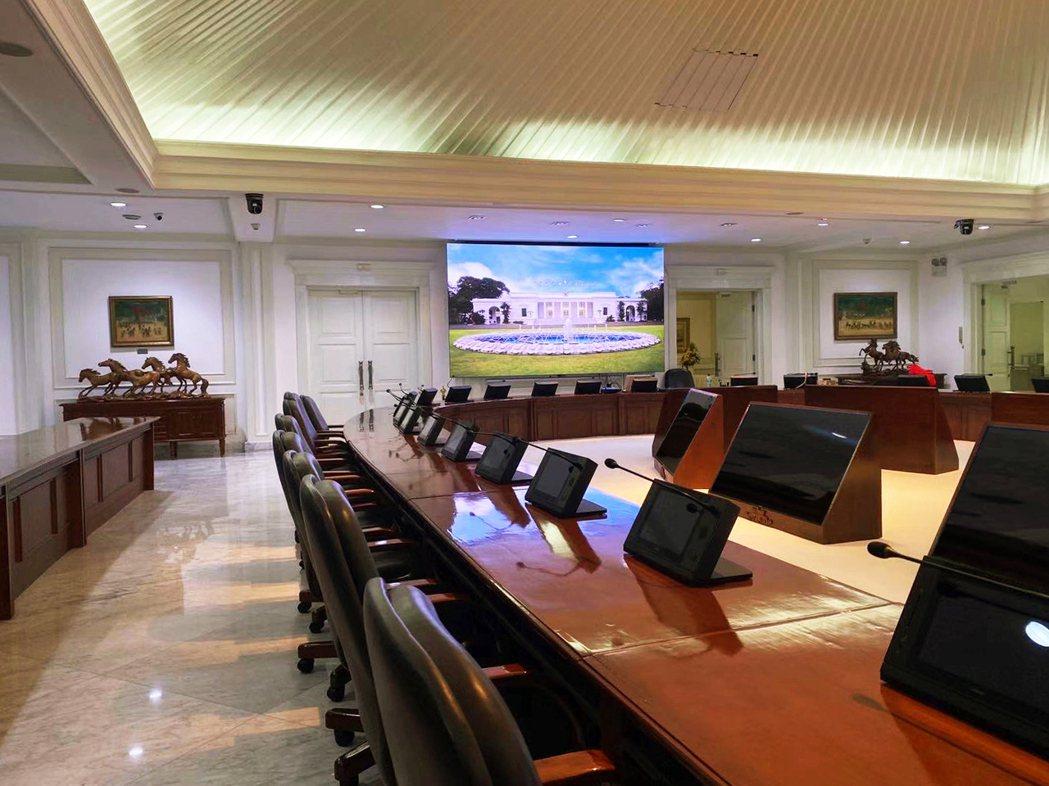 中強光電AiO LED顯示屏設置於印尼雅加達總統府(Istana Negara,...