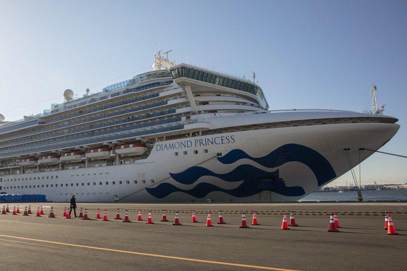沖繩縣政府今(14日)表示,一名60多歲的女性計程車司機確診感染新冠肺炎,不排除是因早先鑽石公主郵輪泊靠過。 美聯社