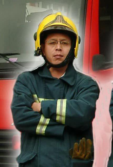 因出勤車禍殉職的高雄市鳳祥消防分隊小隊長馮永昌。圖/吳明昌提供
