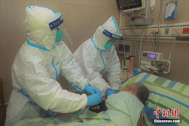 新冠肺炎疫情持續蔓延。圖/取自中新網