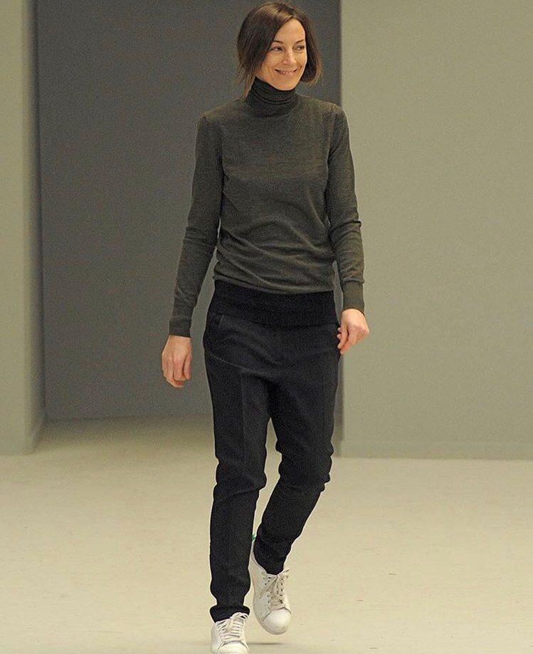 Phoebe Philo的粉絲們渴念她極簡迷人的設計。圖/取自IG