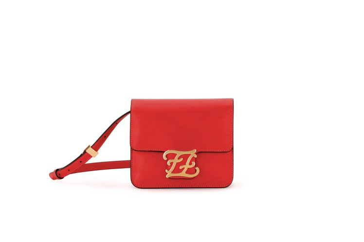 紅色Karligraphy包款,售價63,900元。圖/FENDI提供