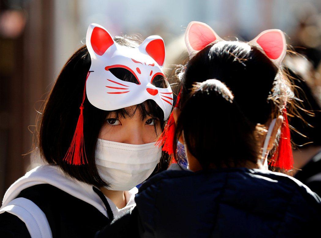 日本從昨日到今天中午前一口氣新增5例新冠肺炎確診,分別是一位計程車司機和他的岳母...