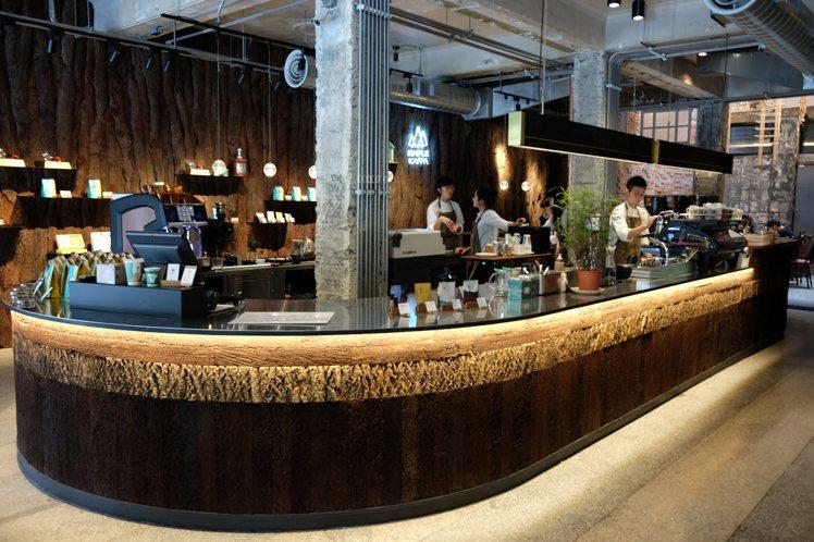 Simple Kaffa 興波咖啡店內裝潢相當具有風格。記者黃仕揚/攝影