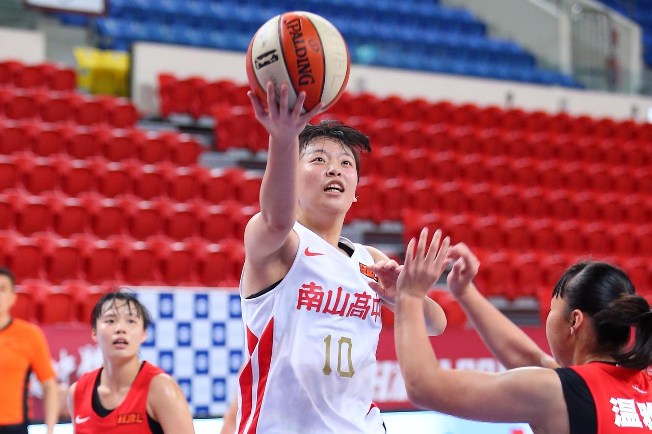 HBL/陳昱潔生涯新高22分 南山5連勝挺進4強