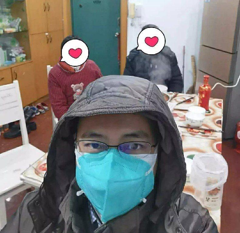 也是新冠肺炎患者的武漢同濟醫院心內科醫生周寧表示,居家隔離期間多休息、加強補充營養和多喝水非常重要。 圖/取自央視新聞