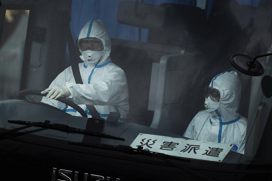 日本疑似爆出社區感染、感染源不明,令全球人士相當擔心。 法新社