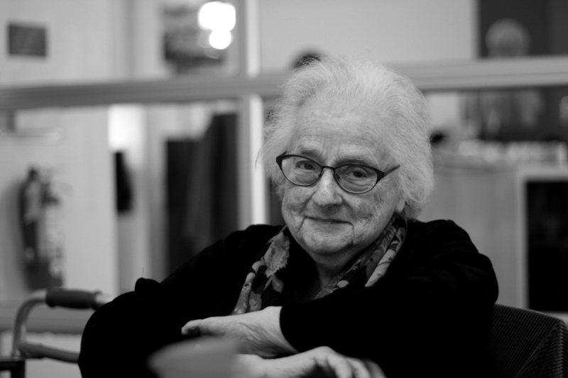 設計師瓊恩.費雪(June Fisher)女士。攝影/何采錚、圖/野人文化提供 ...