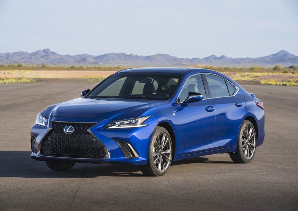 Lexus ES被評為年度最可靠車款。 摘自Lexus