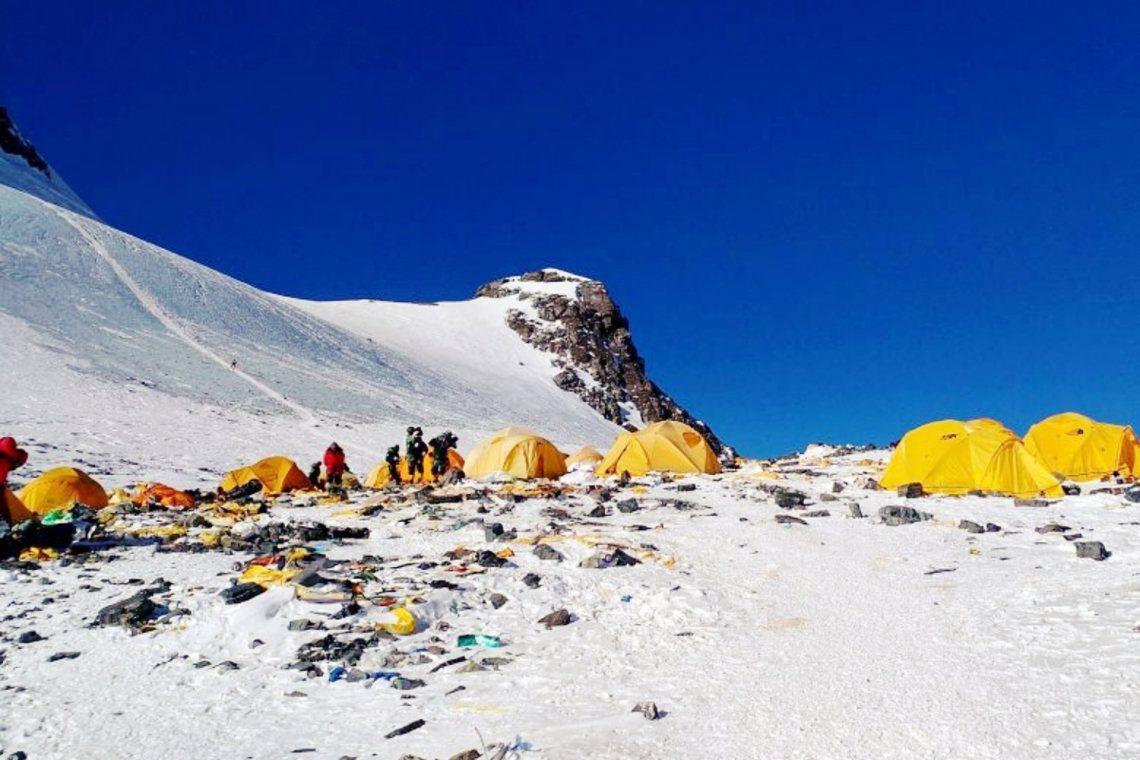 今年的聖母峰垃圾清運行動,預計將於6月5日完成。 圖/法新社