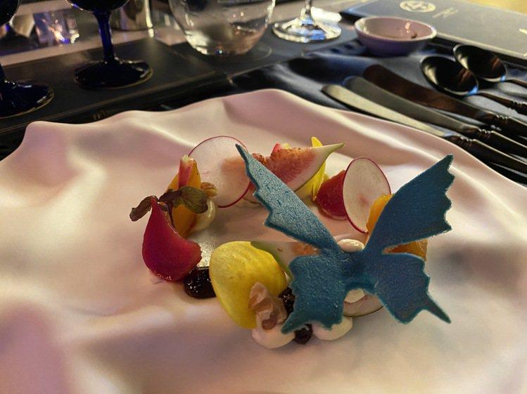 如畫般的菜色,是藍舍體驗之一。記者羅建怡/攝影