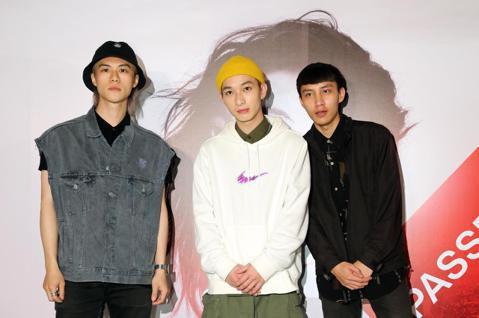 A-Lin台北小巨蛋演唱會,藝人朋友們紛紛前來觀賞,男團Noovy、karencici、林采欣、小男孩樂團主唱米非、謝承均、毛加恩夫妻等人前來捧場。