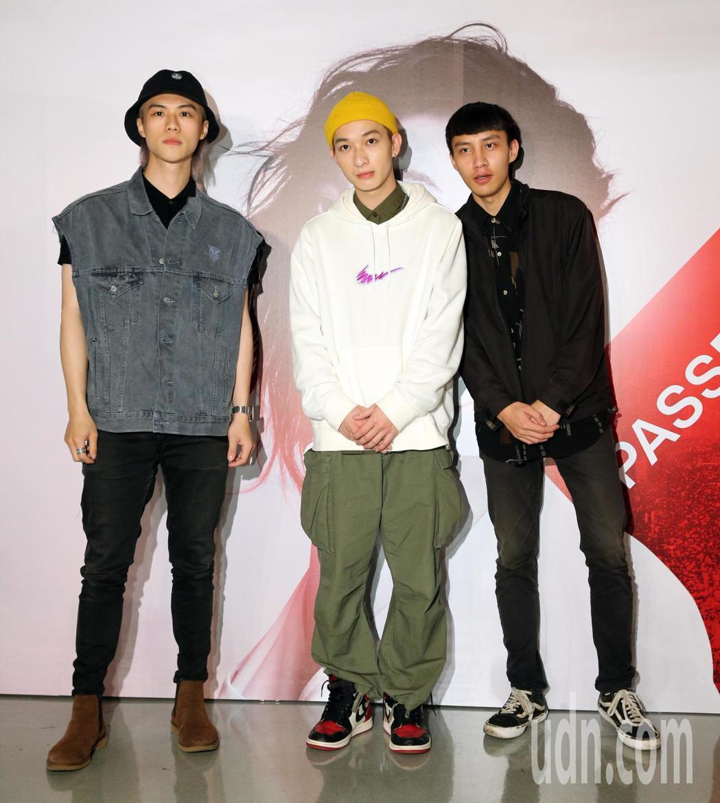 A-Lin台北小巨蛋演唱會,男團Noovy前來觀賞。記者許正宏/攝影