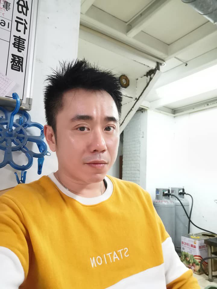 小彬彬否認第三度結婚。 圖/擷自小彬彬臉書