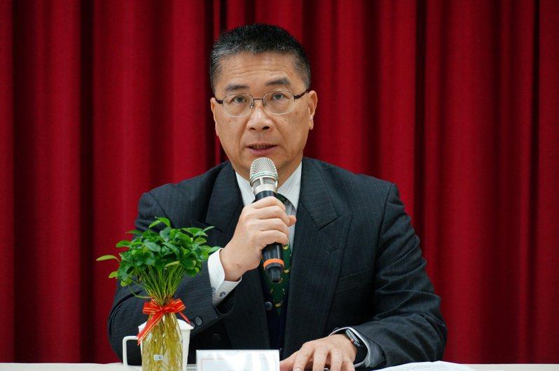內政部長徐國勇今天下午到高雄港務警察總隊慰勤。記者林伯驊/攝影