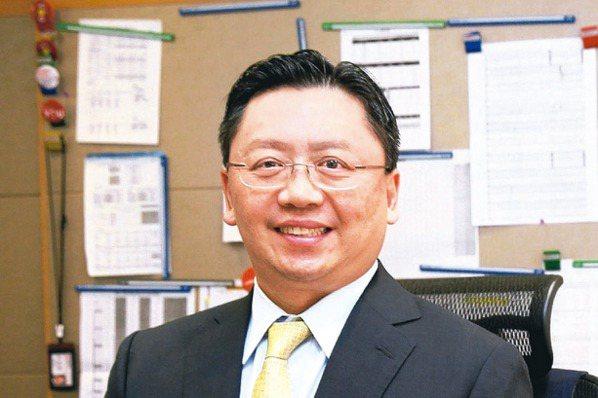 和泰車總經理蘇純興表示,汽車產業正面臨百年首見的大變革,擁有多元、齊備的思維才能...