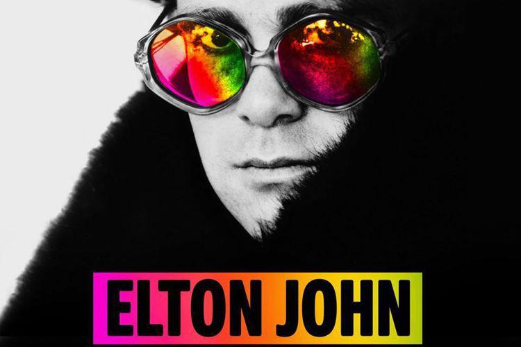英國傳奇歌手艾爾頓強(Elton John)昨晚在紐西蘭奧克蘭開唱,卻因感染非典型肺炎而失聲,不得不中斷表演,他流著眼淚向台下粉絲道歉。這位72歲流行樂巨星以沙啞聲音告訴台下聽眾說,「我不能唱了,我...