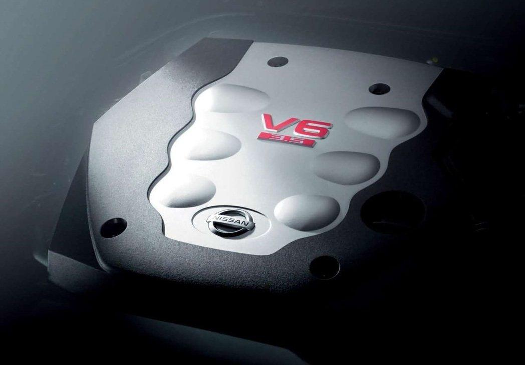 V35時期也捨棄直6渦輪引擎改用自然進氣的VQ引擎。 摘自Nissan