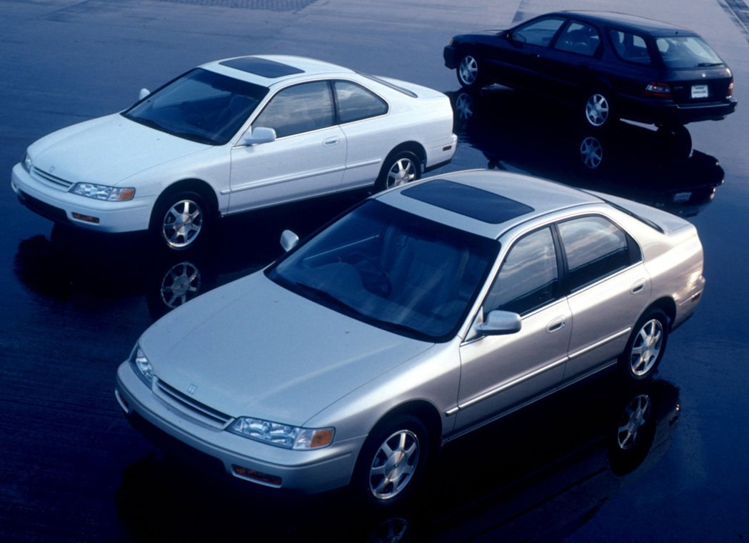 第五代Honda Accord有Sedan、Coupe和Wagon車型。 摘自H...