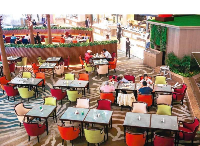 「疫情重擊觀光旅遊產業鏈 航空飯店餐飲全面受挫」的圖片搜尋結果