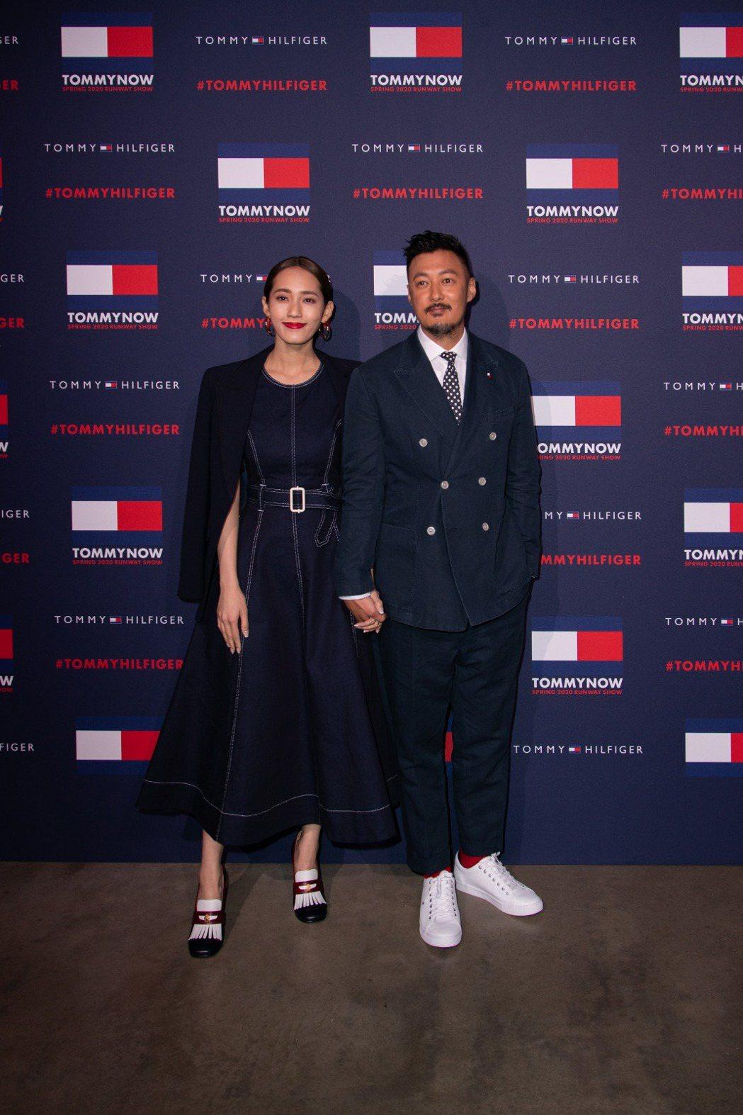 余文樂(右)、Sarah王棠云夫妻一同出席倫敦時裝週Tommy Hilfiger
