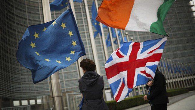 發生在全球的種族衝突歸根究底,都和北愛爾蘭的羅馬天主教徒有關,他們認為它們會與南...