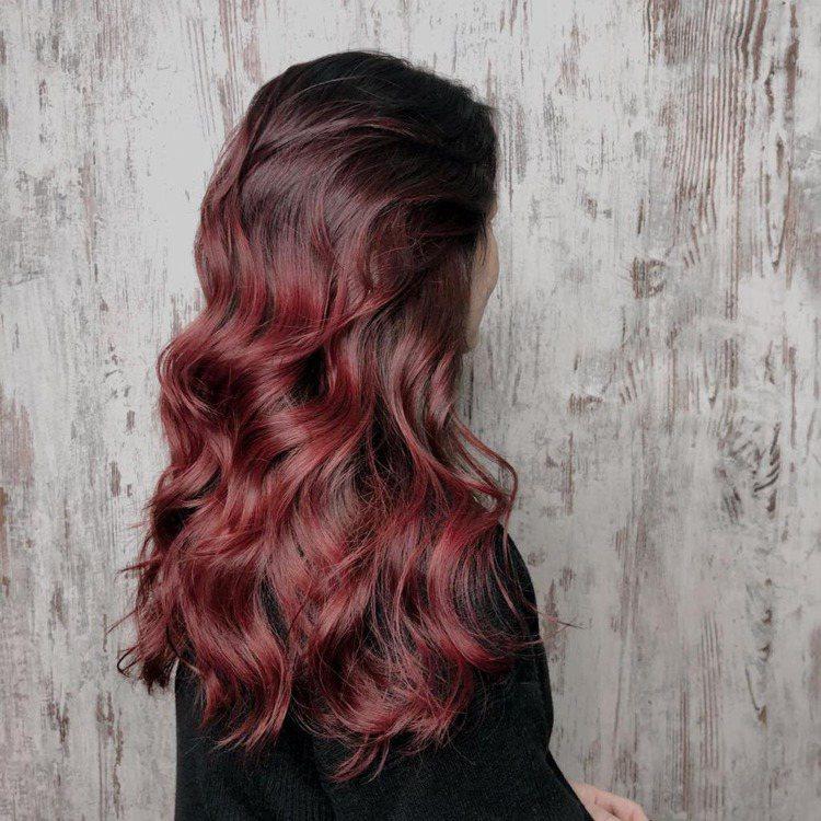 髮型創作/空气概念 五館 / 史黛西stacy,圖/StyleMap美配提供