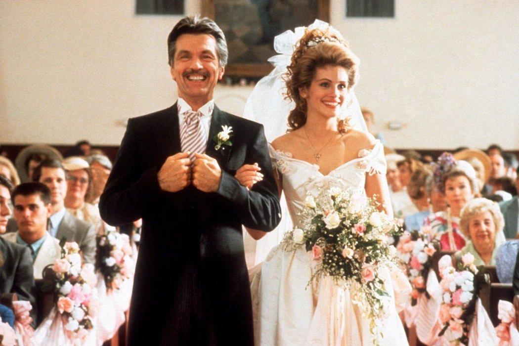 茱莉亞羅勃茲在「鋼木蘭」中披白紗結婚。圖/摘自imdb